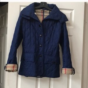 ☃️❄️FINAL SALE Burberry hooded plaid quilted coat